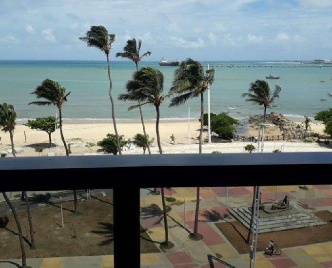 Apartamento frente praia, na melhor localização