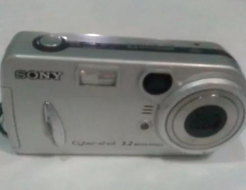 Maquina fotográfica sony cyber-shot 3.2 mega pixels