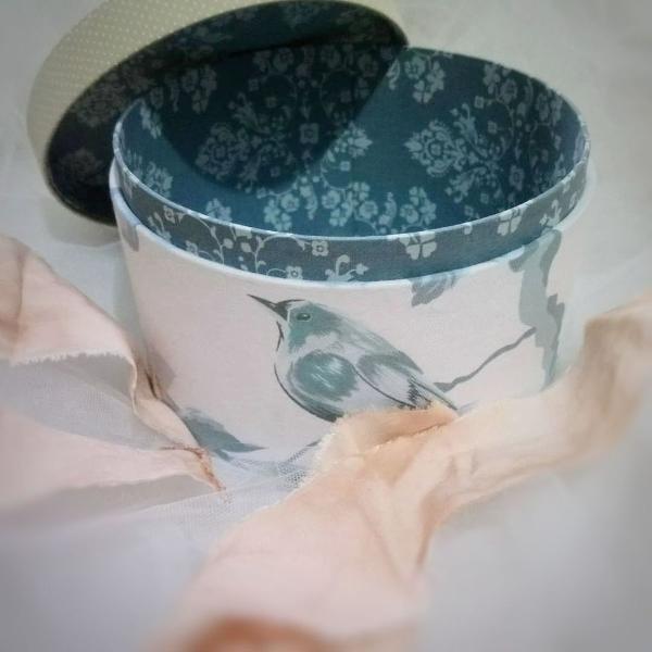 Caixa redonda artesanal