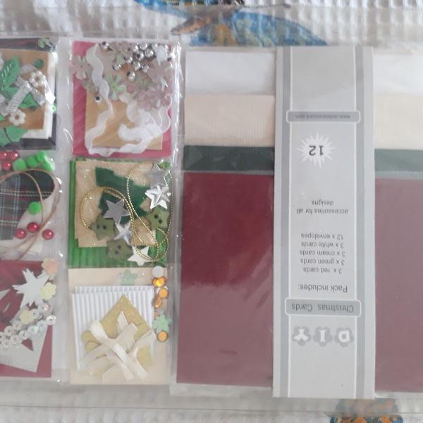 Kit para fabricar cartões de natal . importado. novo .