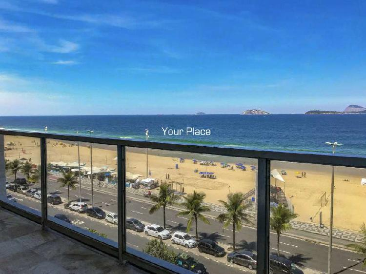 Amplo apartamento com vista para o mar do leblon com varanda