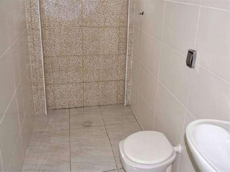 Apartamento de 2 dormitorios sendo sala, cozinha, banheiro,