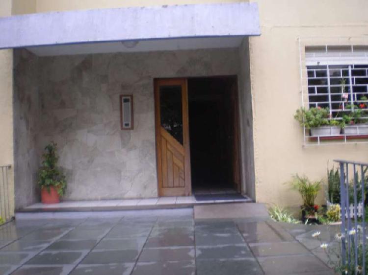 Apartamento com 3 dormitórios e 1 vaga à venda no jardim