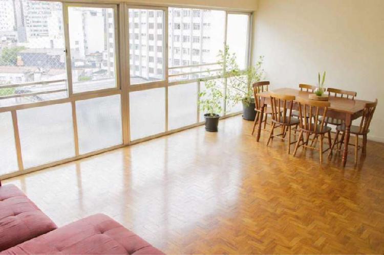 Apartamento para venda com 113 metros quadrados e 3 quartos