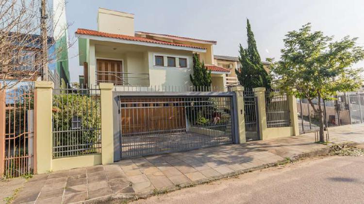 Casa padrão para venda - c354