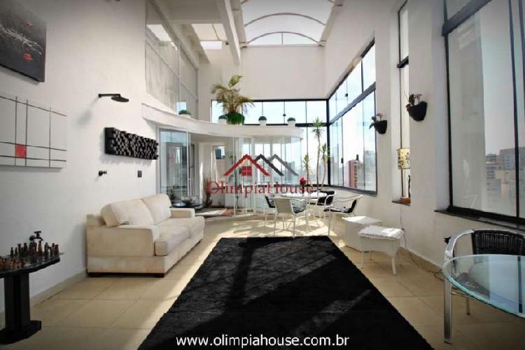 Cobertura duplex para venda e locação com 230m², itaim