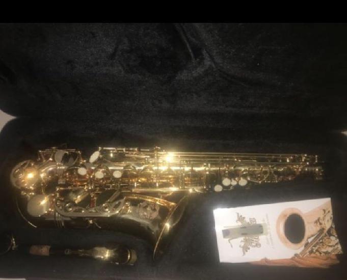 Saxofone alto hsa 400 rs$ 1000