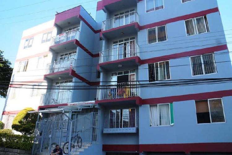 Apartamento, residencial; 2 dormitorios, 1 bwc; mobiliado