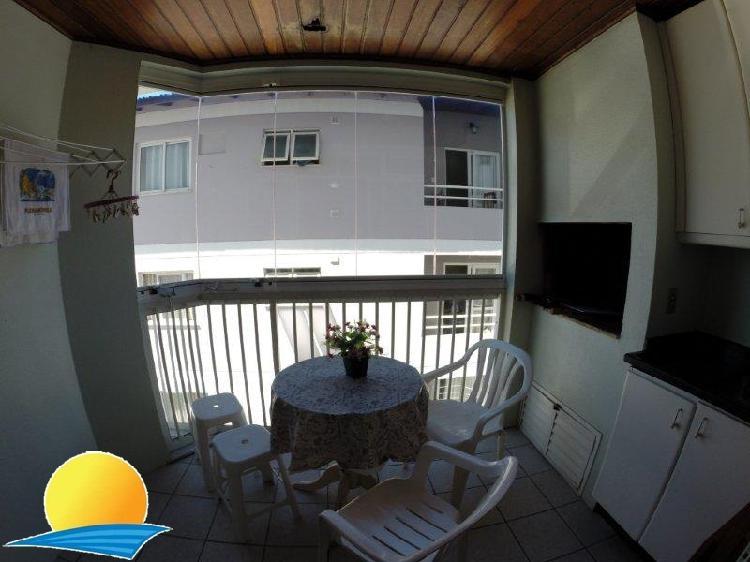 Apartamento a 100 metros da praia - temporada canasvieiras