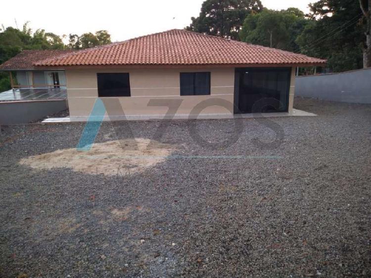 Excelente casa na área rural de colombo com 03 dormitórios