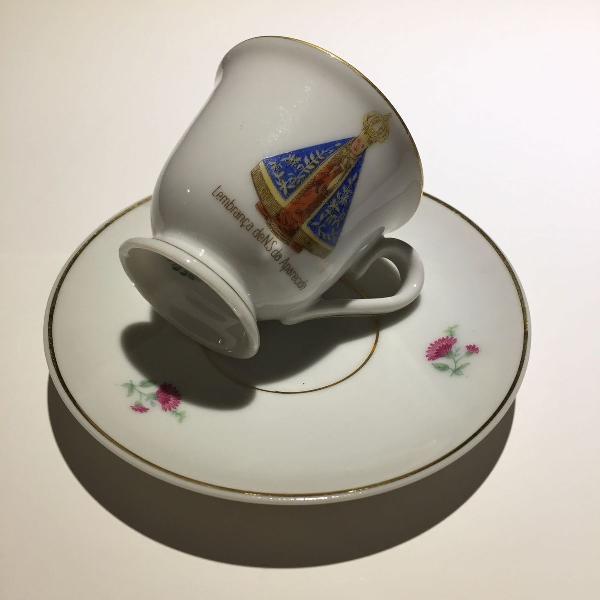 Xícara antiga de porcelana mauá - n.s. aparecida