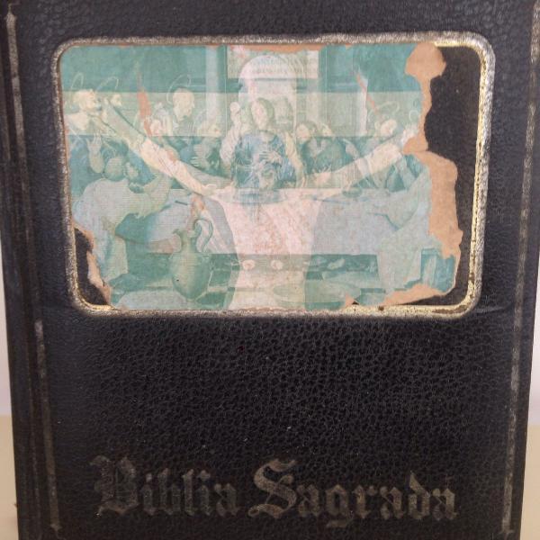 Antiga bíblia sagrada da editora ep maltese ilustrada