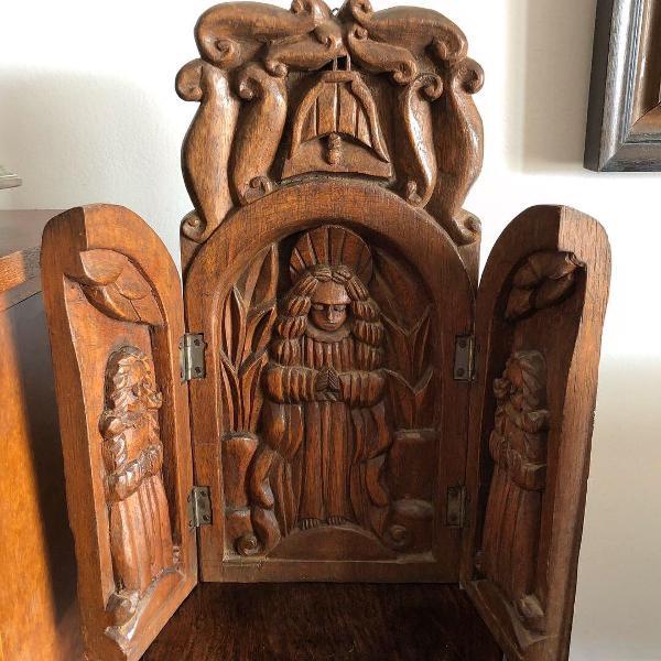 Arte sacra antigo oratório madeira esculpido