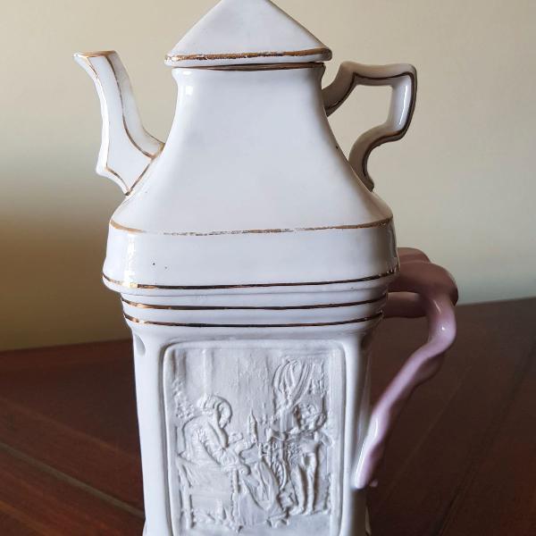 Bule para chá em porcelana portuguesa - antiguidade