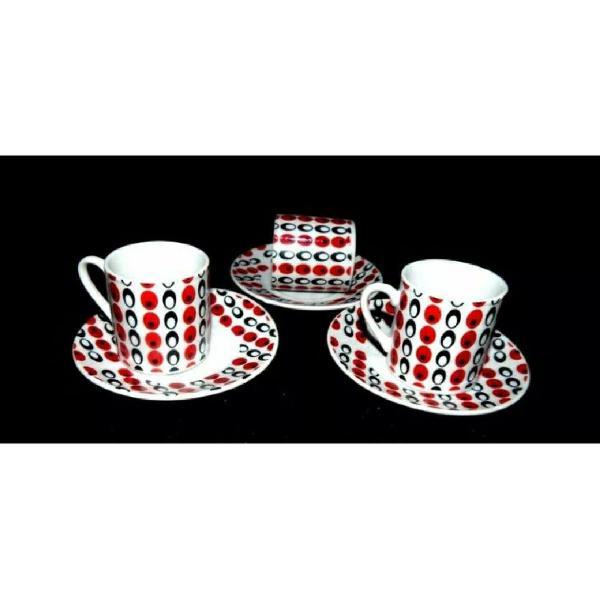 Jogo de café porcelana anos 80