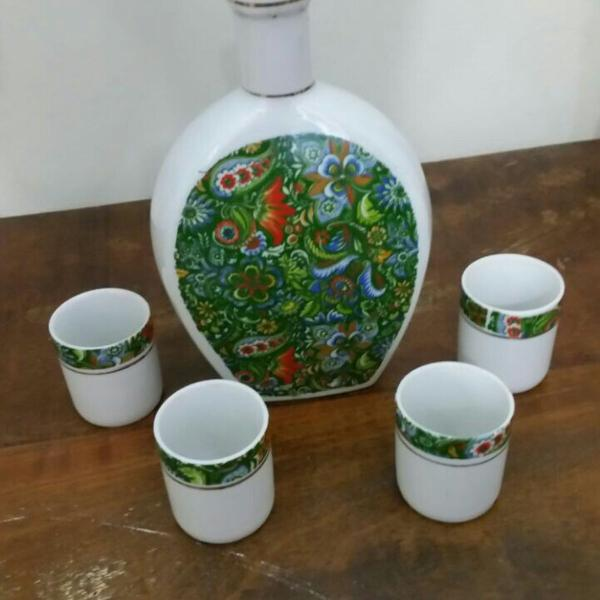 Licoreira de porcelana vintage