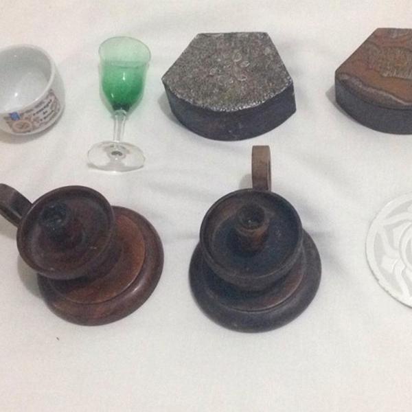 Lote 8 objetos castiçais bowl cálice caixinhas abajur de
