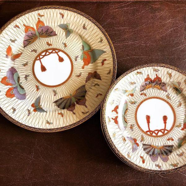 Pratos para sobremesa porcelana antiga pintada à mão