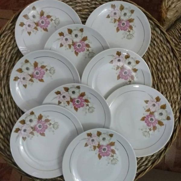 Pratos sobremesa porcelana real