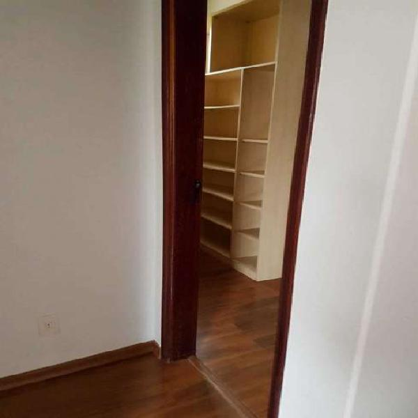 Casa 3 dormitórios, 4 vagas