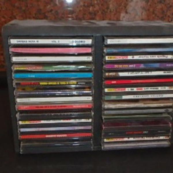 60 cds músicas lote de 20 cada 10 reais