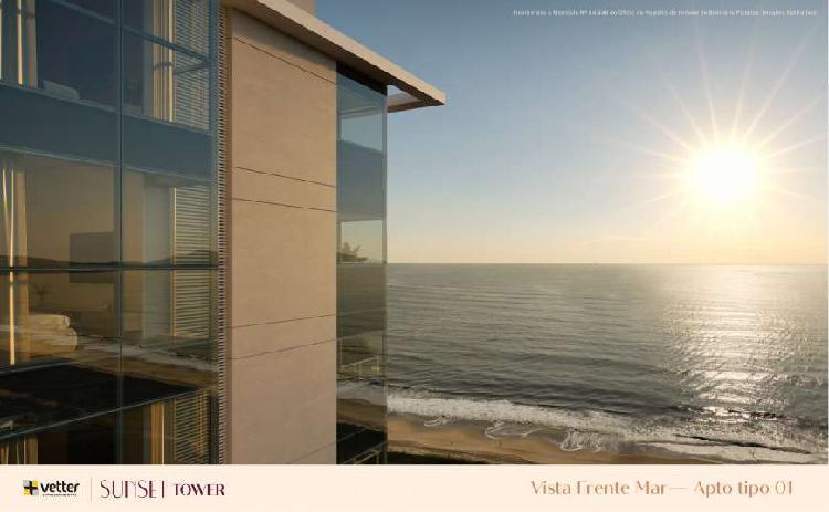 Apartamento frente mar ( quadra mar )