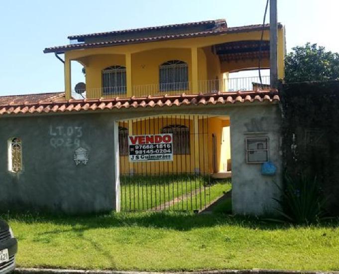 Linda casa colonial na praia: área 136m²,2 quartos