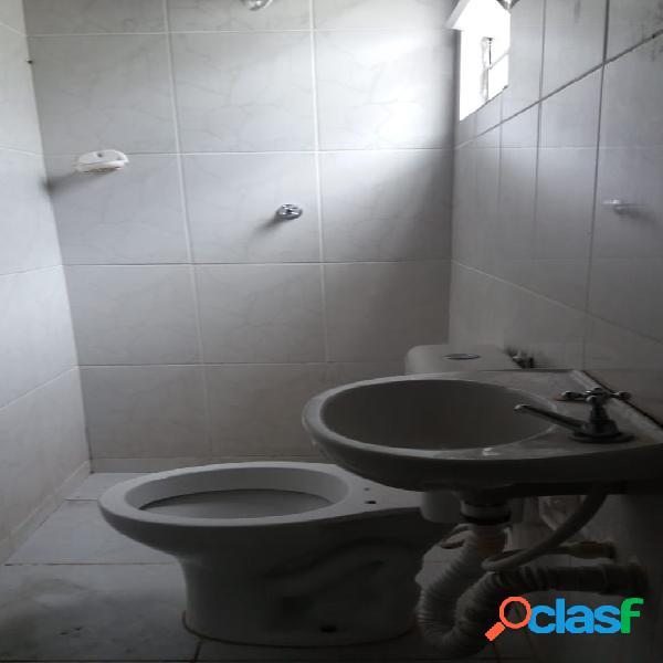 Casa 1 quarto e cozinha locação pq arariba prox metrô vl das belezas