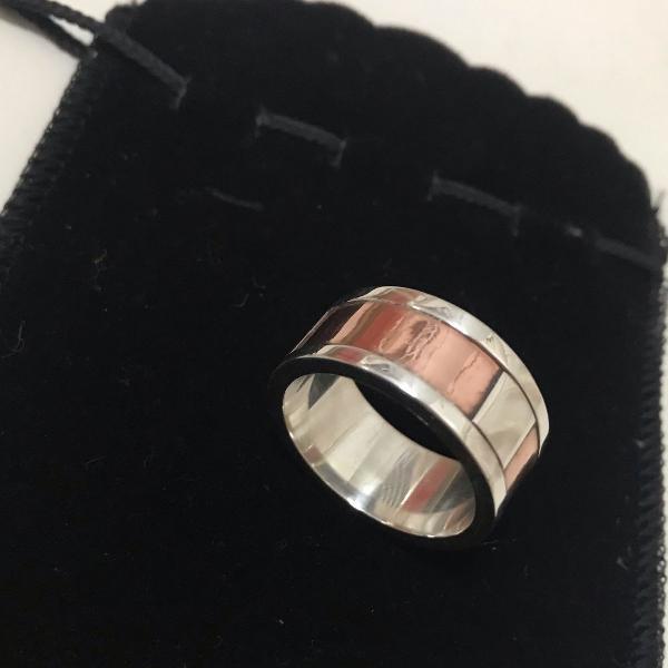 Anel prata e cobre masculino novíssimo