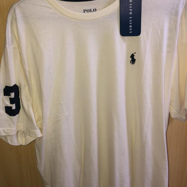 Camiseta polo estampa exclusiva muito estilosa