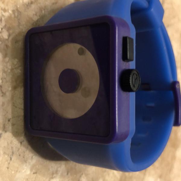 Relógio nixon newton roxo