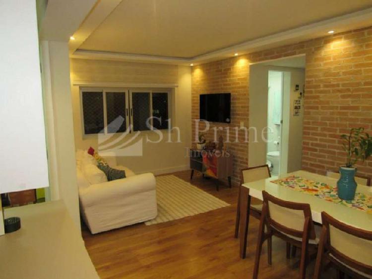 Vende-se apartamento vl.leopoldina - rua carlos weber