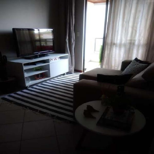 Bom apartamento de 2 dormitórios - fácil acesso a todas as