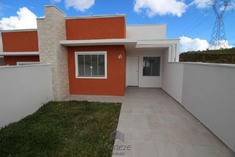 Casa 2 dormitórios à venda no bairro nações