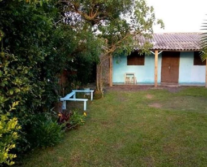 Disponível casa na praia de mariluz para veraneio