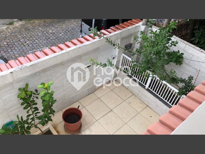 Freguesia (jacarepaguá), 4 quartos, 2 vagas, 210 m² rua