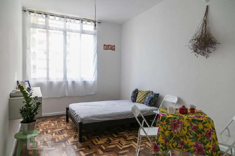 Studio mobiliado ao lado do metrô higienópolis-mackenzie