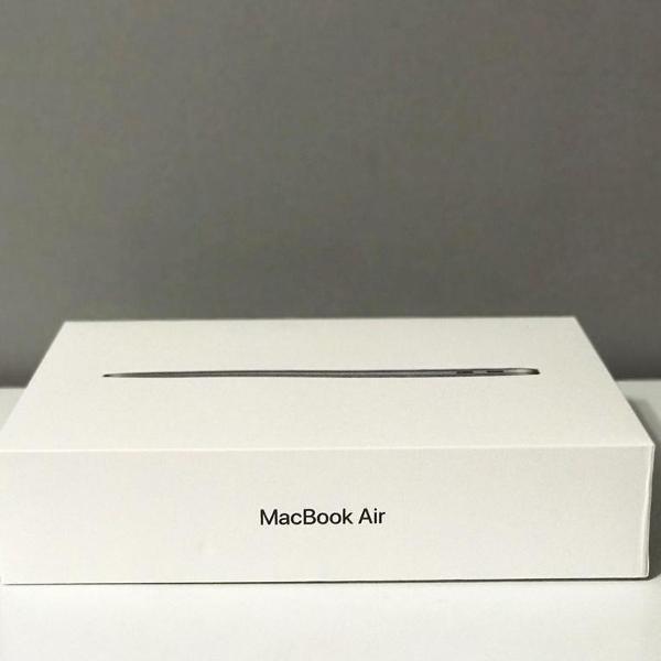 Apple macbook air 13'' i5 1,6ghz 256gb cinza - novo na caixa