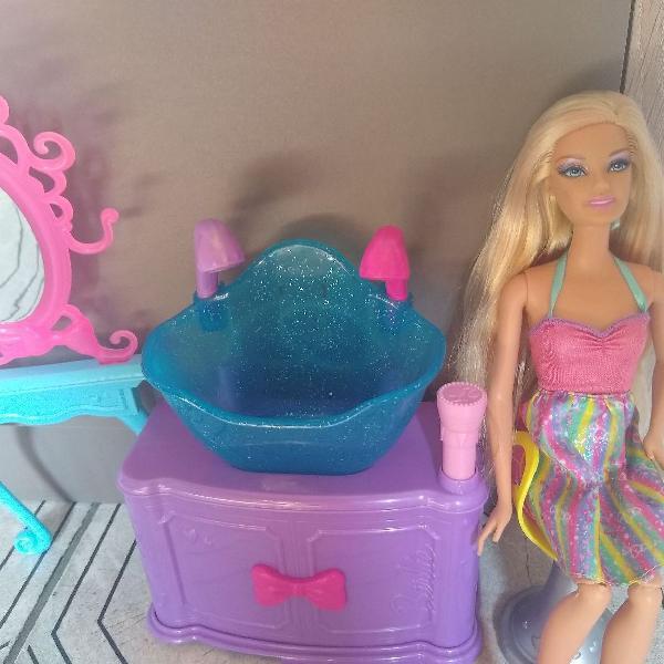 Barbie salão de beleza
