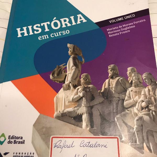 História em curso volume único