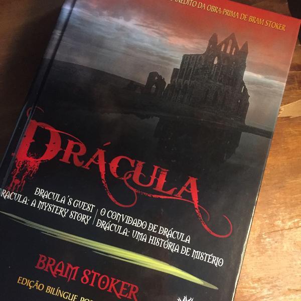 Livro drácula de bram stoker edição colecionador