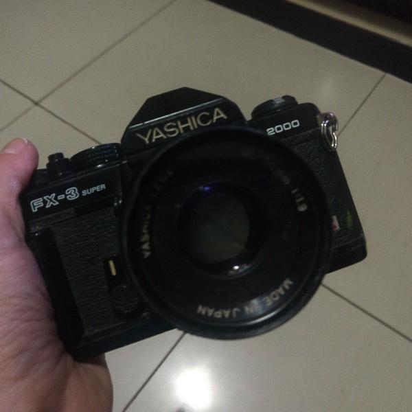 Máquina fotográfica yashica fx 3 2000