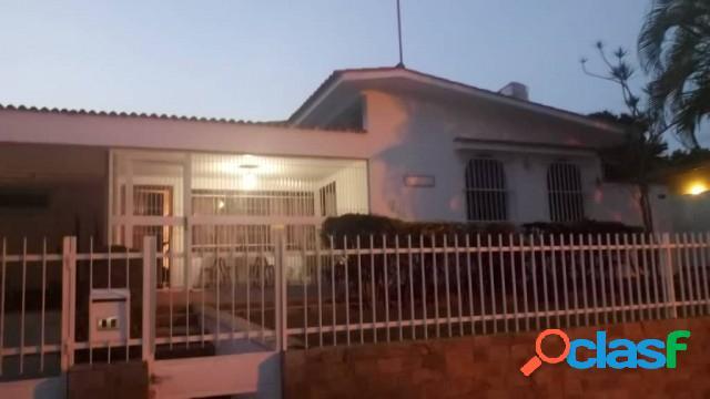 Se vende casa en la viña de 528 mts
