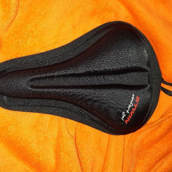 Capa protetora para banco de bicicleta