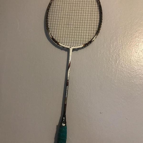 Raquete badminton yonex voltric 80