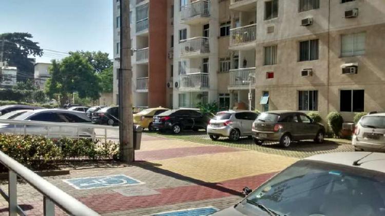 Apartamento sl/2qts condomínio caminhos da barra no anil -