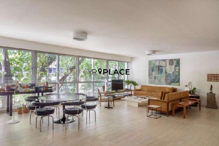 Apartamento de arquiteta na quadra da praia do leblon 240 m2