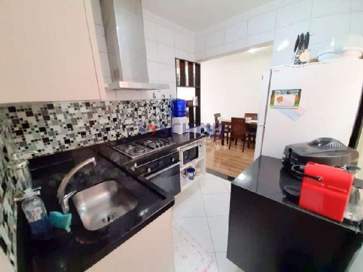 Apartamento 2 dormitórios á venda na cidade ademar