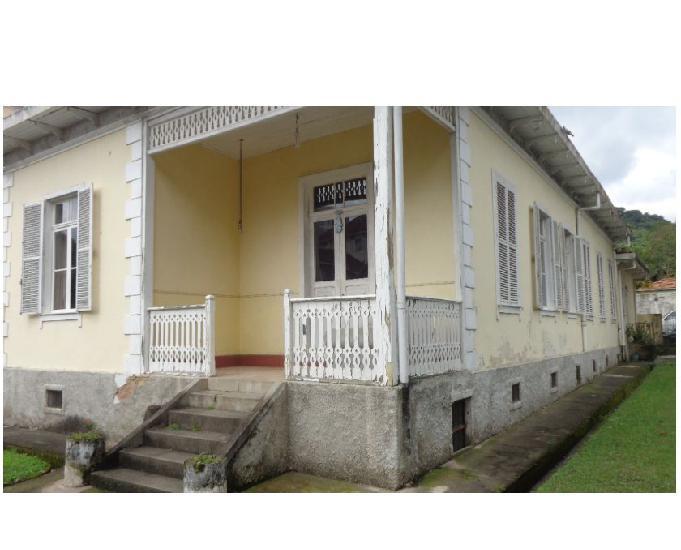 Casa centro (uso residencial ou comercial)