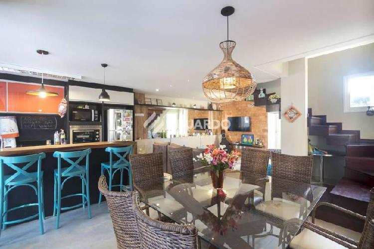 Casa para aluguel e venda tem 110 metros quadrados com 04